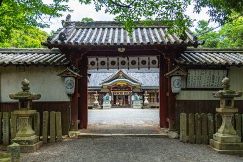 泉佐野市の日根神社